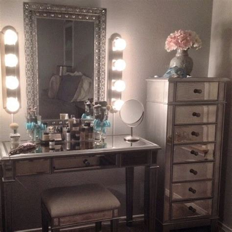 best lighting for makeup table best 25 makeup vanity lighting ideas on pinterest makeup