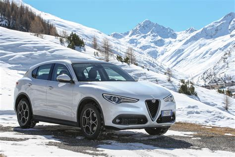 alfa romeo launches stelvio in europe and other markets with two new engines and rwd
