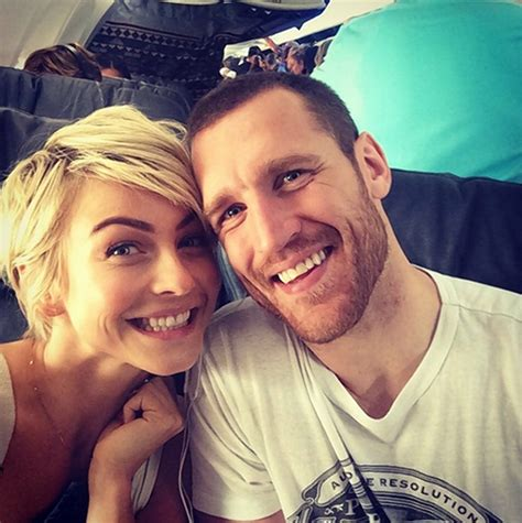 julianne hough announces engagement  brooks laich