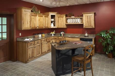 kitchen paint colors with hickory cabinets 65 best images about hickory cabinets and on 9510