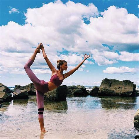 Sjana Elise Earp (@sjanaelise) Yoga Photos From Instagram