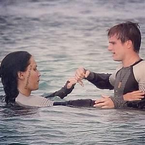 Peeta & Katniss-Catching Fire - Catching Fire Photo ...