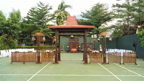 konsep pernikahan unik  outdoor  indoor