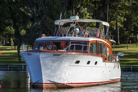 Ebay Boats For Sale In Michigan by Neff Yacht Sales Used 45 Foot Chris Craft Flybridge