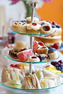 How to Throw The Perfect Summer Afternoon Tea Party ...