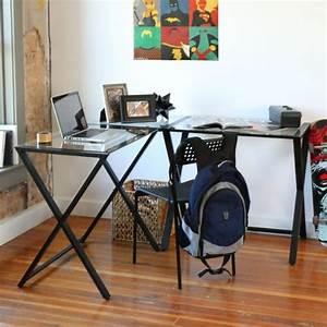 Bureau Angle Verre : un bureau informatique d 39 angle quel bureau choisir pour votre petit office ~ Teatrodelosmanantiales.com Idées de Décoration