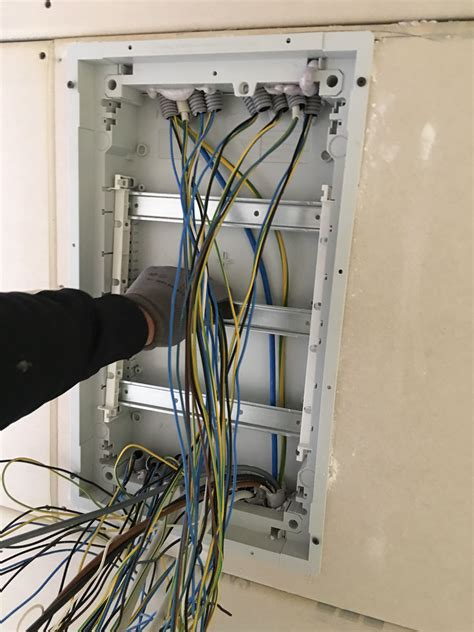 haus elektroinstallation selber machen wie unterverteiler montieren und installieren elektroinstallation selber machen in 2019