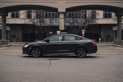Chrysler 200s Review by Review 2016 Chrysler 200s Awd Canadian Auto Review