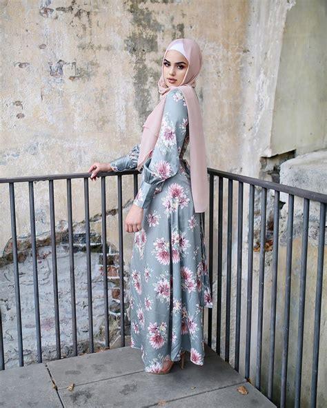 model baju gamis terbaru  simple modern elegan