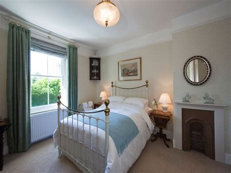 bedroom pictures cottage bedrooms country chic bedroom country cottage style bedrooms bedroom designs