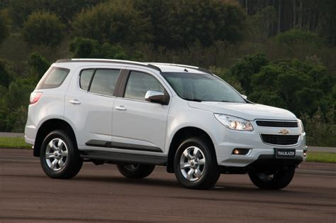 Chevrolet Trailblazer Picture by тест драйв Chevrolet Trailblazer 2013 характеристики и цена