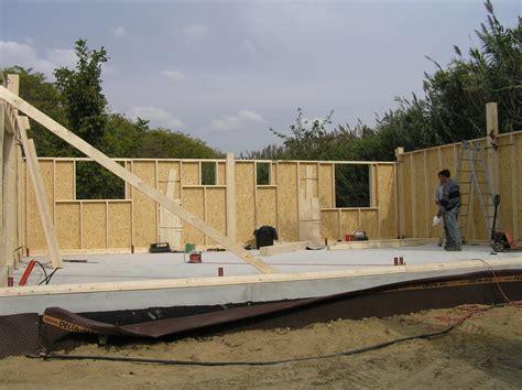 maison bois en kit qui sommes nous peypin orange