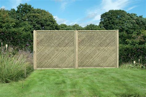 Trellis Fencing by Garden Trellis Fencing Trellis Panels In Deluxe And