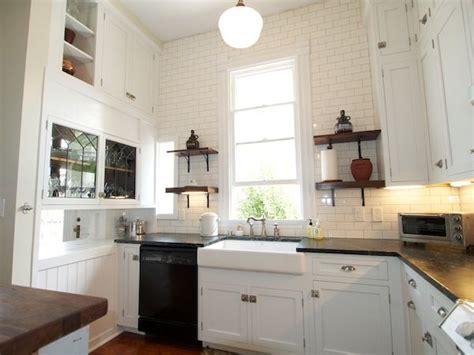 26+ Lovely Kitchen Decor High Ceiling