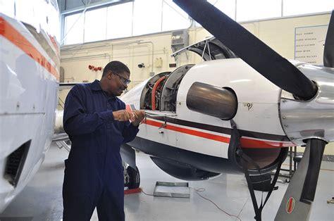 college of the atlantic program aircraft