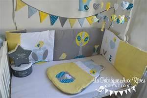 awesome chambre bleu turquoise et beige photos With chambre bébé design avec chemise a fleur pour homme