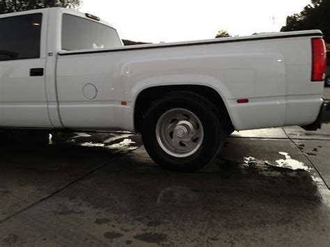 sell   chevy  dually crew cab custom dropped