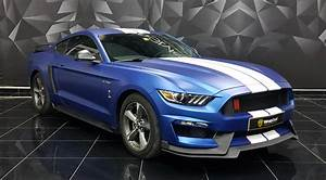 Ford Mustang - Blue Matt wrap | Wrapstyle