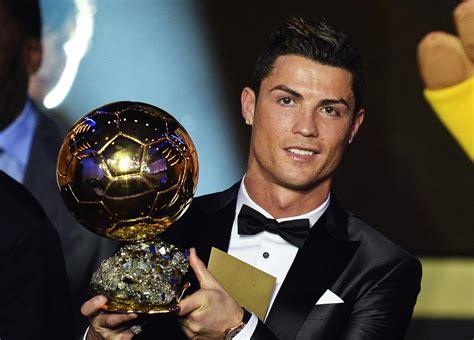 Zach AFC: Ronaldo wins 2014 Ballon d'Or