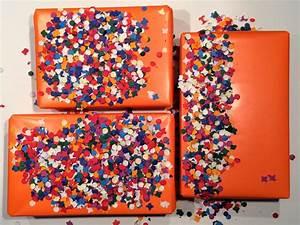 Geschenke Richtig Verpacken : diy geschenke h bsch verpacken mit konfetti confetti gift wrap hello mime ~ Markanthonyermac.com Haus und Dekorationen