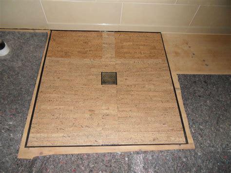 Fußbodenheizung Welcher Belag by Tipps F 252 R Badfu 223 Boden Kork Oder Dielen