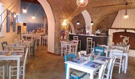 restaurant le bureau nimes restaurant grec les cyclades nîmes photo de les cyclades