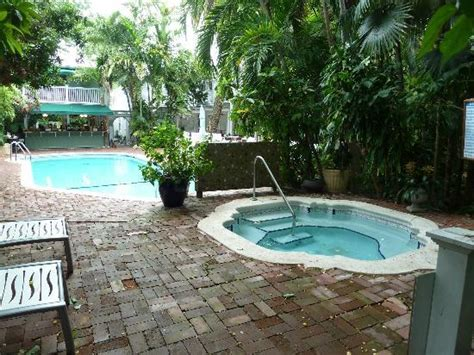 gardens hotel key west tub picture of the gardens hotel key west tripadvisor