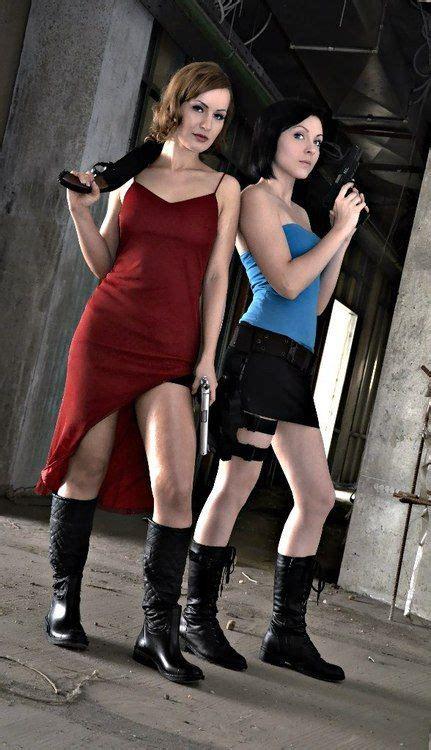 Resident Evil (alice And Jill Valentine)  Resident Evil