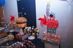 une sweet table pour un anniversaire sur le th 232 me des etats unis