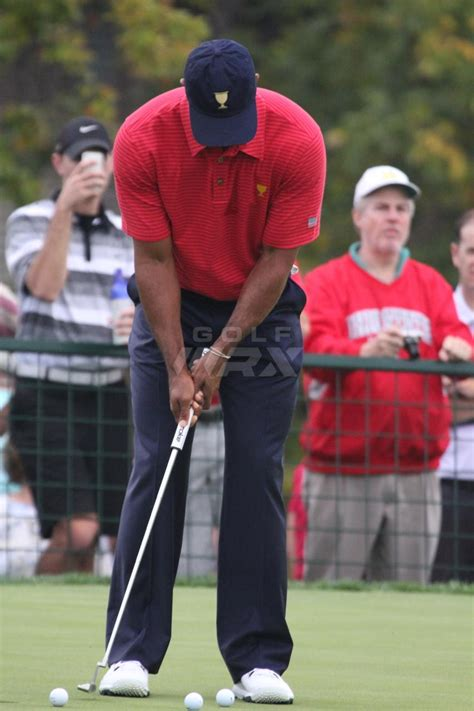 Tiger to change to a SuperStroke putter grip? – GolfWRX