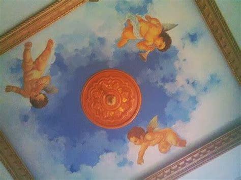 sensasi berbeda  desain plafon motif langit