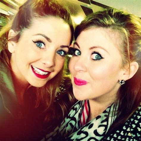 Zoella And Louise Pentland Friendship Zoella And Her Bestie Louise Louise Has A Pinterest I