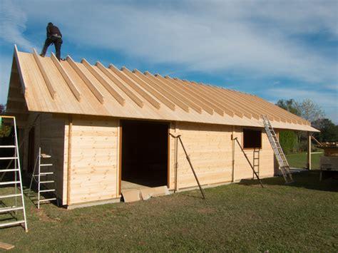 construire chalet bois prix chalets habitables r 233 sidentiels sur mesure decochalet