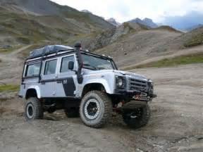 land rover defender  station wagon multi point bolt