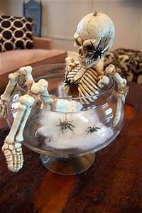 20 Diy Spooky Halloween Centerpieces