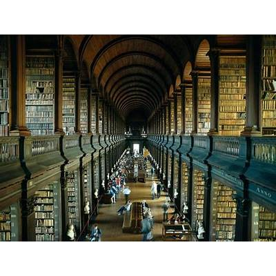 Irish Eyes Tour: Book of Kells at Trinity College Library