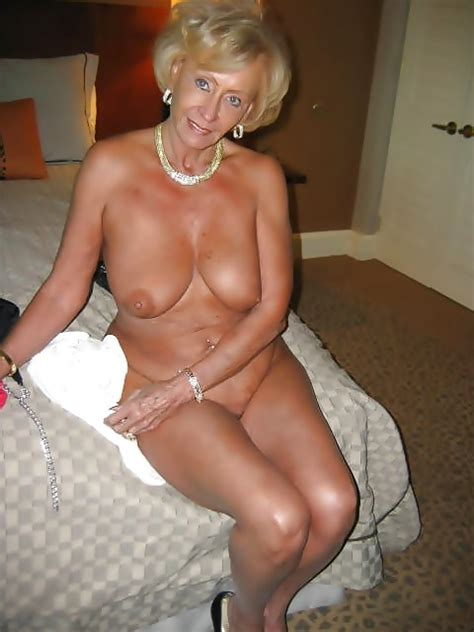 458 1000  In Gallery Sexy British Gilf Sue Picture 3