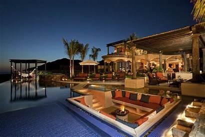 Luxury Homes Inspire Backyard Wow
