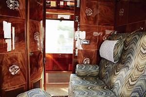 Interior train design stellar interior design for Art deco train interior