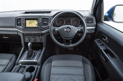 volkswagen amarok interior volkswagen amarok 3 0 v6 tdi 220ps a33 d cab pick up