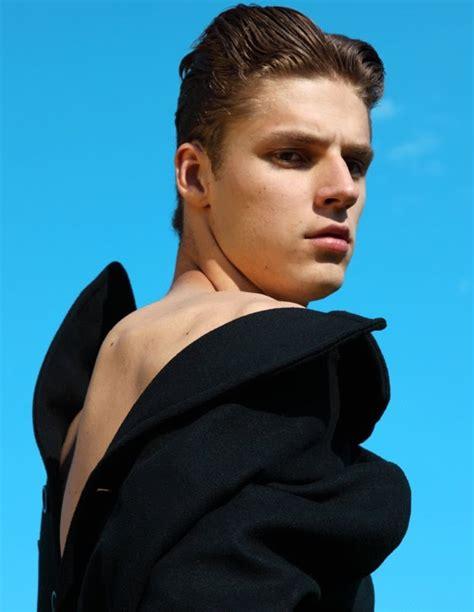 MIKUS LASMANIS - Beautiful Men and Women