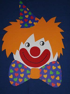 clown gesicht basteln fensterbild tonkarton clown herz schleife hut gesicht karneval fasching deko neu kreativ