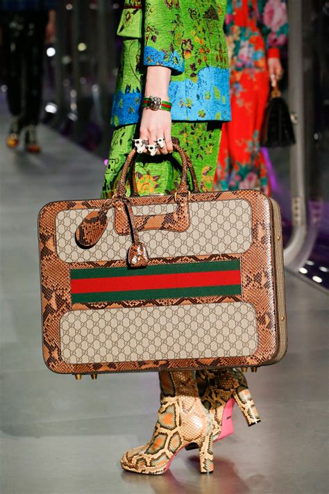 Gucci Fall/Winter 2017 Runway Bag Collection – Spotted Fashion