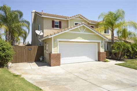 big 4 bedroom pool home for sale in lake elsinore rv