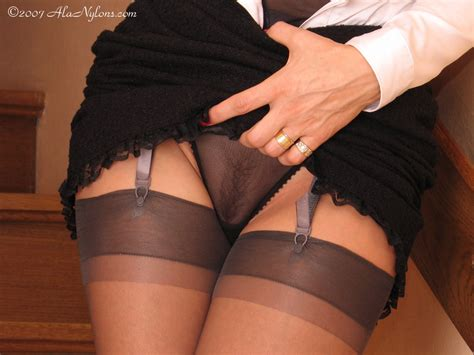 Y 650 In Gallery Stockings And High Heels Xvi Upskirt