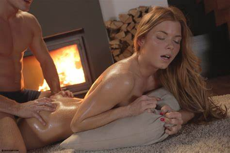 Passionate Chrissy Fox Drilling By Couple In Beach Xxx