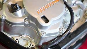 How-to  2011 Ktm 530 Exc Oil Change