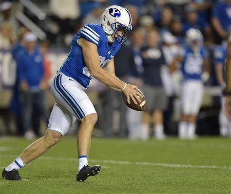 byu football  cougars   important players