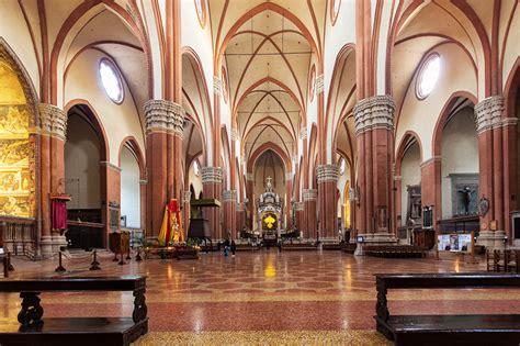 L Interno Della Basilica Di San Petronio L Interno Della Basilica