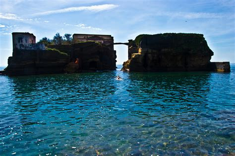 Do You Dare To Go On Gaiola The Damned Island